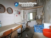 Property with two garages and terrace overlooking the hills for sale in Abruzzo 13