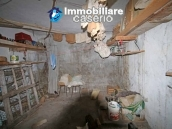 Property with two garages and terrace overlooking the hills for sale in Abruzzo 14