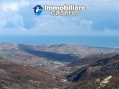 Property with two garages and terrace overlooking the hills for sale in Abruzzo 19