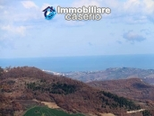 Property with two garages and terrace overlooking the hills for sale in Abruzzo 21