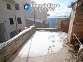 Property with two garages and terrace overlooking the hills for sale in Abruzzo 3