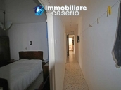 Property with two garages and terrace overlooking the hills for sale in Abruzzo 9