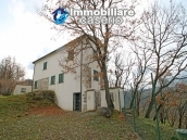 Habitable country house with land for pool for sale in Italy, Region Molise 4