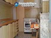 House with two entrances for sale in Itlia, Molise, Campobasso, Lucito 4