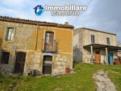 Two buildings with garden and stone henhouse for sale in Italy, Roccaspinalveti 13