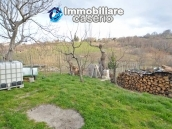 Two buildings with garden and stone henhouse for sale in Italy, Roccaspinalveti 14