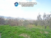 Huge house with a wooden veranda and garage for sale in the Abruzzo region 14