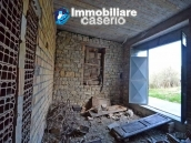 Huge house with a wooden veranda and garage for sale in the Abruzzo region 16