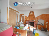 House with cellar for sale in a characteristic village of the Abruzzo region, Italy 3