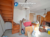House with cellar for sale in a characteristic village of the Abruzzo region, Italy 4