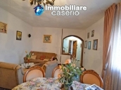 Renovated detached stone house with garden and two garages for sale in Abruzzo 16