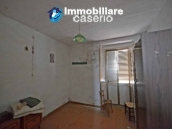 Property for sale with garden and cellar located in the Province of Chieti 9