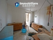 Property for sale with garden and cellar located in the Province of Chieti 10