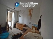 Property for sale with garden and cellar located in the Province of Chieti 11