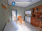 Property for sale with garden and cellar located in the Province of Chieti 5