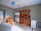 Property for sale with garden and cellar located in the Province of Chieti 6