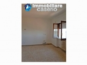 Renovated apartment with panoramic views for sale in the centre -  village Molise 4