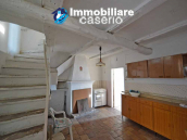 Ancient house in the village to be renovated for sale in Abruzzo 2