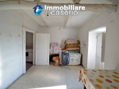 Ancient house in the village to be renovated for sale in Abruzzo 4