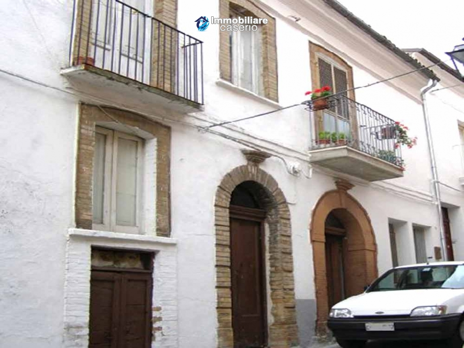 House on one floor for sale in Abruzzo - village San Buono