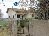 Beautiful and spacious house surrounded by nature just 20 km from the sea, Italy 4