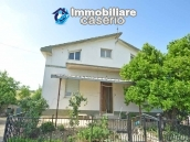 Detached house with land for sale a few km from the Costa dei Trabocchi, Italy 1