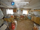 Detached house with land for sale a few km from the Costa dei Trabocchi, Italy 17