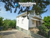Detached house with land for sale a few km from the Costa dei Trabocchi, Italy 2