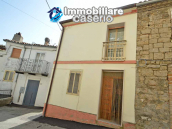 Habitable house with garden and terrace for sale in the Abruzzo Region, Italy 4