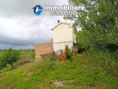 House surrounded by greenery with a large terrace for sale in Scerni, Abruzzo 1
