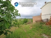 House surrounded by greenery with a large terrace for sale in Scerni, Abruzzo 3