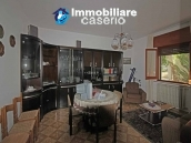 Country house for sale in Pollutri 15 minutes from the sea, Abruzzo 9
