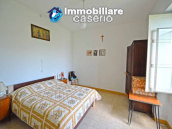Spacious house with land and garages for sale in the Abruzzo region, Italy 3