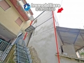 Small town house of about 48 sq m renovated for sale in Bomba, Abruzzo 11