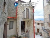 Small house of about 40 sq m renovated for sale in Bomba, Abruzzo, Italy 1