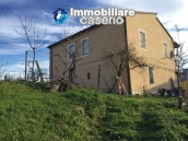 Independent house with land and olive trees for sale in the Province of Teramo 3
