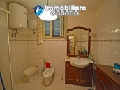 House with terrace, veranda, garages and 3 hectares of vineyard for sale Abruzzo 10