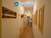 House with terrace, veranda, garages and 3 hectares of vineyard for sale Abruzzo 11