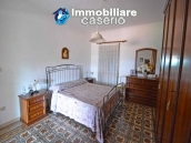House with terrace, veranda, garages and 3 hectares of vineyard for sale Abruzzo 14