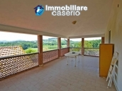 House with terrace, veranda, garages and 3 hectares of vineyard for sale Abruzzo 17