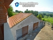 House with terrace, veranda, garages and 3 hectares of vineyard for sale Abruzzo 19
