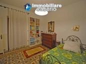 House with terrace, veranda, garages and 3 hectares of vineyard for sale Abruzzo 24