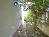 House with terrace, veranda, garages and 3 hectares of vineyard for sale Abruzzo 25