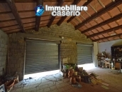 House with terrace, veranda, garages and 3 hectares of vineyard for sale Abruzzo 26