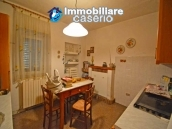 House with terrace, veranda, garages and 3 hectares of vineyard for sale Abruzzo 7