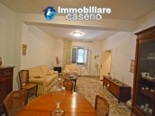 House with terrace, veranda, garages and 3 hectares of vineyard for sale Abruzzo 9