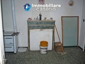 Large village house with garage for sale in the Province of Chieti 7