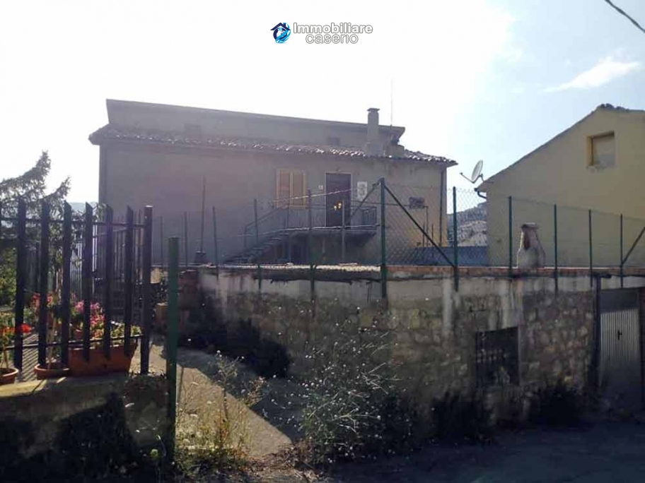 Apartment with garage for sale in Abruzzo, 36km from the beaches of San Salvo
