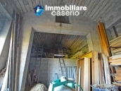 Country house with possibility to build a swimming pool for sale in Abruzzo, Italy 15