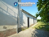 Country house with possibility to build a swimming pool for sale in Abruzzo, Italy 2